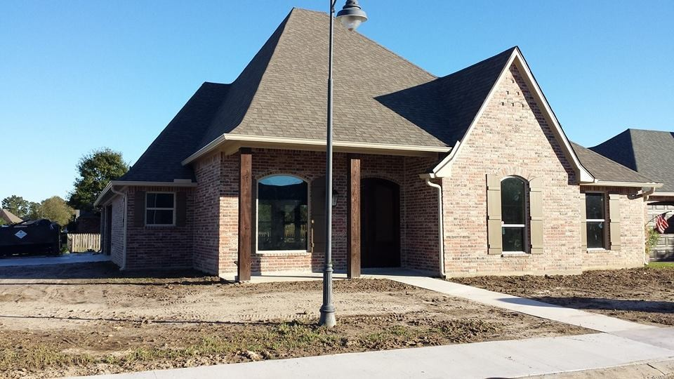 New Life Homes LLC in Lafayette, LA